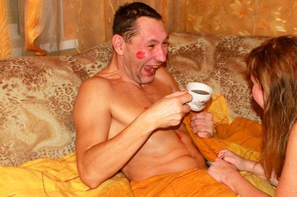 мама принесла классный завтрак в постель порно