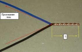 Она также называется ...Условная схема соединения проводов в распределительной коробке через клеммники...