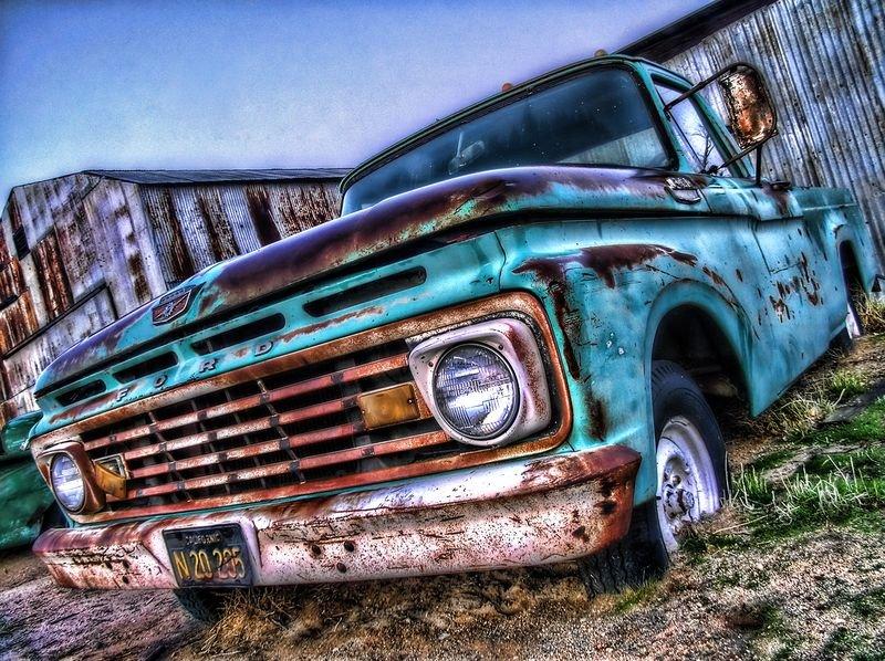 Заброшенные автомобили - фото 26.