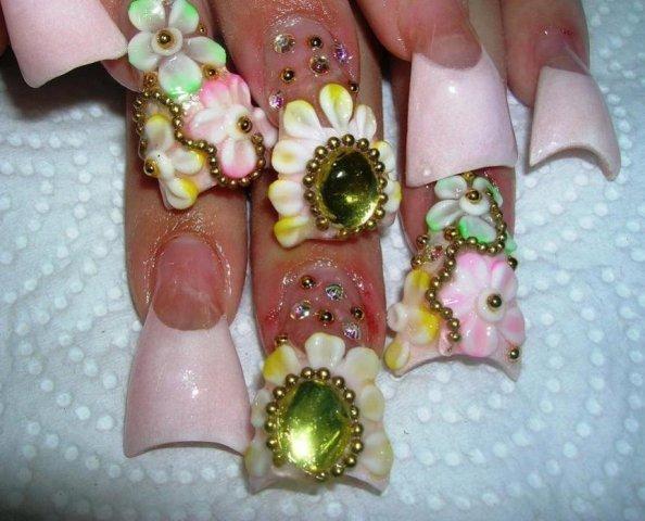 Девушки, долой нарощенные ногти!!!: pikabu.ru/story/devushki_doloy_naroshchennyie_nogti_1174360