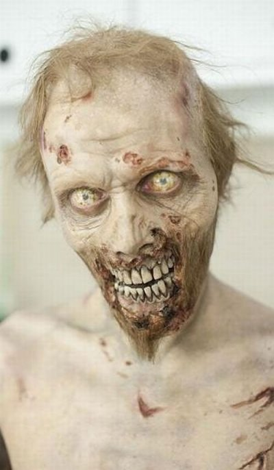 Как делают грим зомби