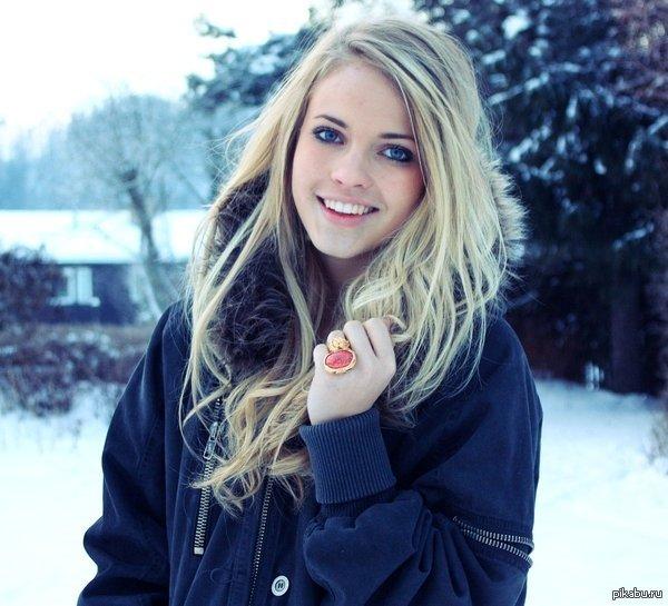 фото блондинок одной девушки много