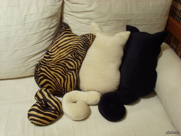 Подушка из мягких игрушек