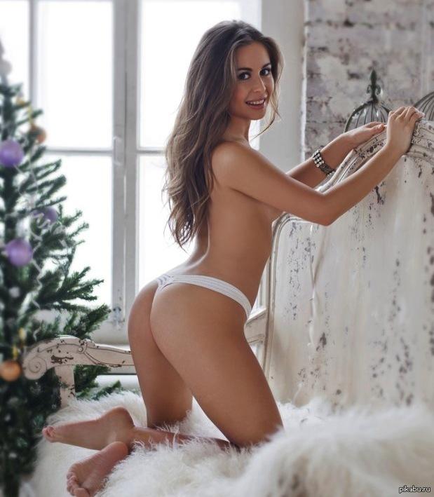 Огромные сиськи Анны Семенович  Бесплатное порно видео