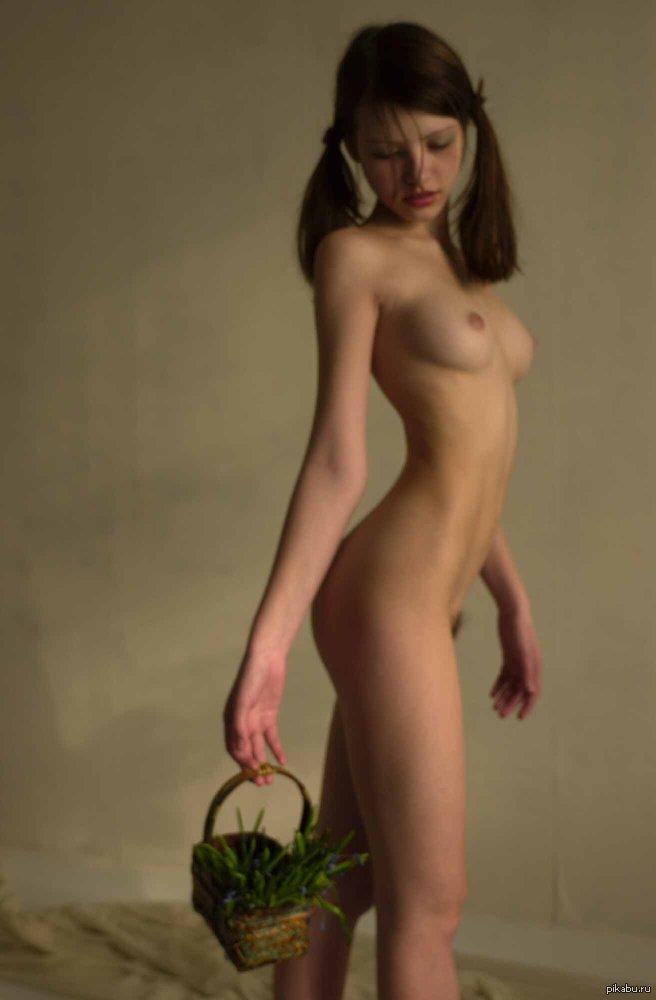 см фото голых девушек