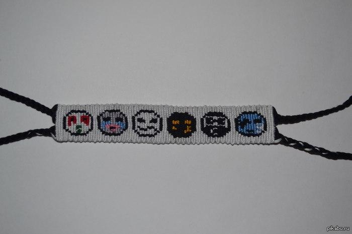 Фенечка Hollywood Undead Подруга сделала для меня по моей схеме.  Очень нравится, решил поделиться. :) HU...