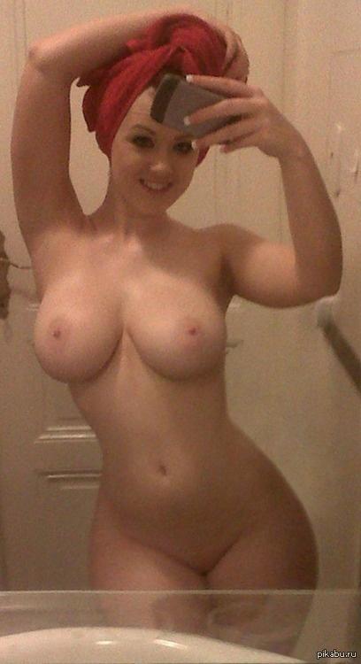 фото девушки голые сиськи