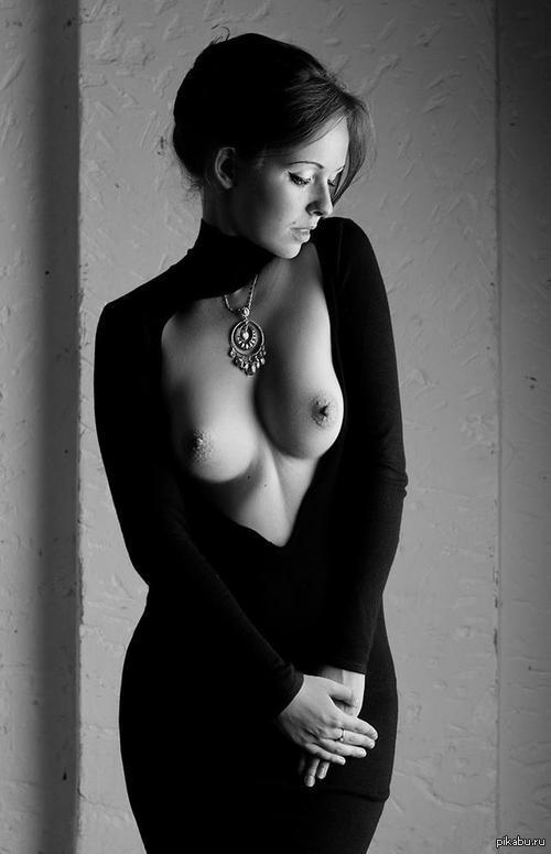 Чёрно белая фотоэротика 8 фотография