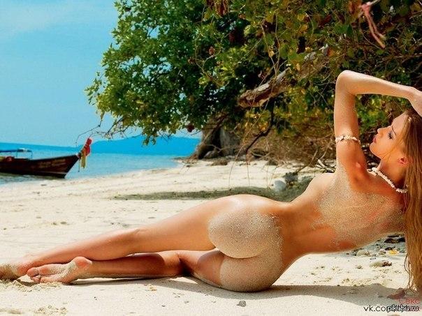 фото голих красивих дівчат з великими попами