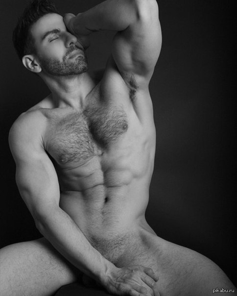 goliy-muskulistiy-paren