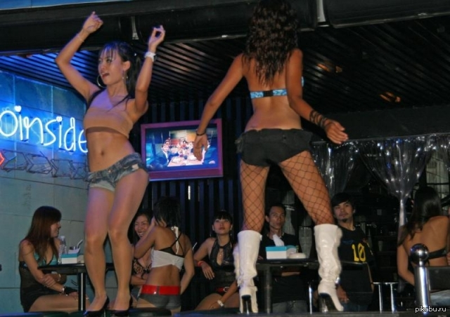 Пип шоу в сексе фото 540-897