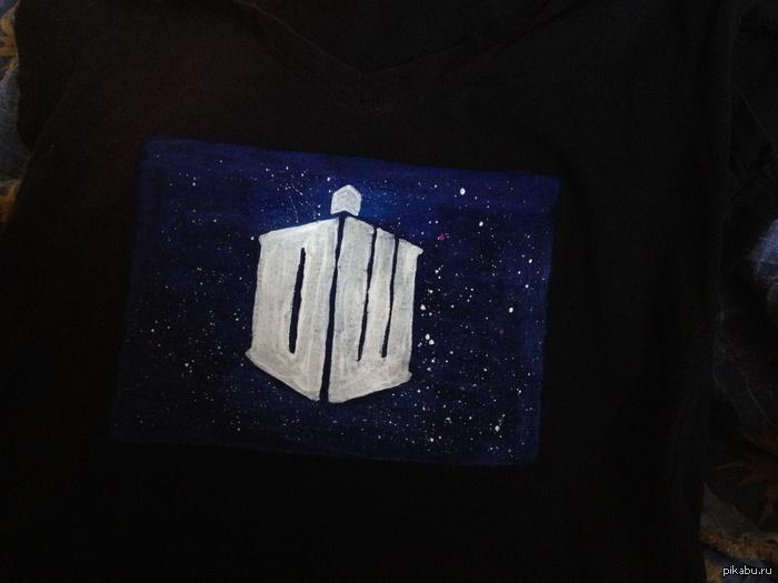 Рисунки на футболке акриловыми красками своими руками