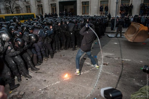 http://s.pikabu.ru/post_img/2013/12/02/0/1385928547_1949617226.jpg