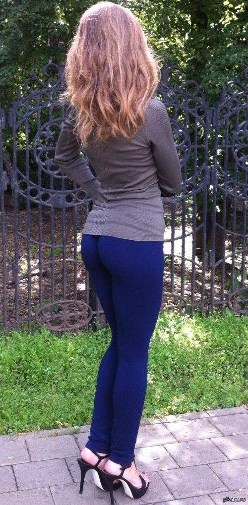 девушки в брюках частное фото