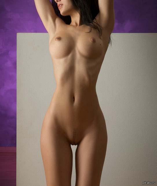 ne-golie-krasivie-devushki