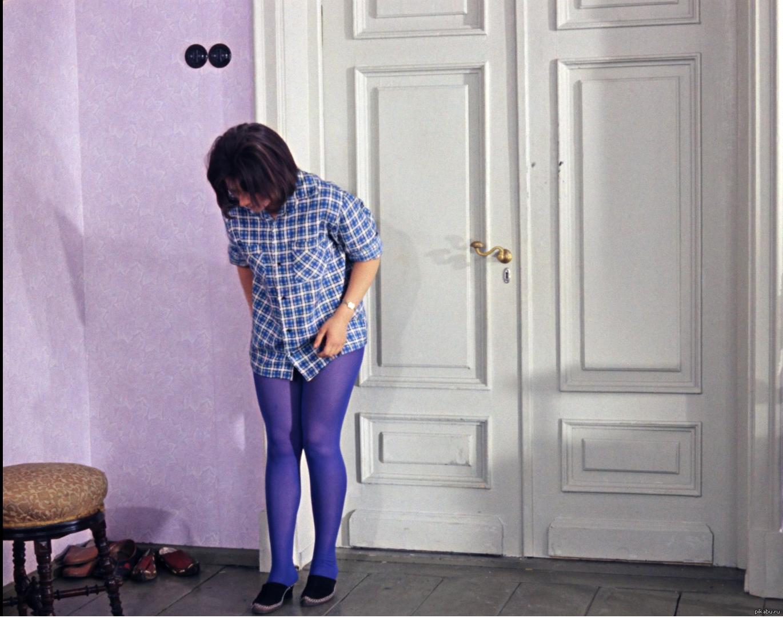 Похотливый священник одетый в синию мантию 26 фотография