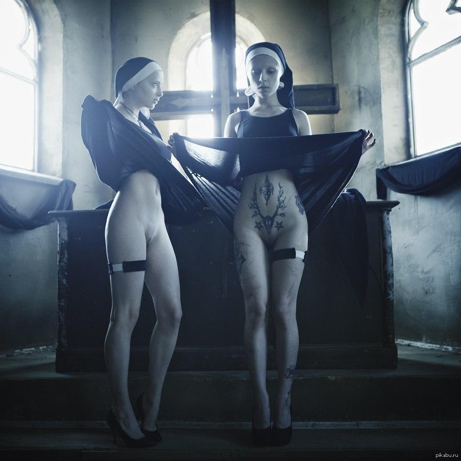 Эротика фото монашка 2 фотография