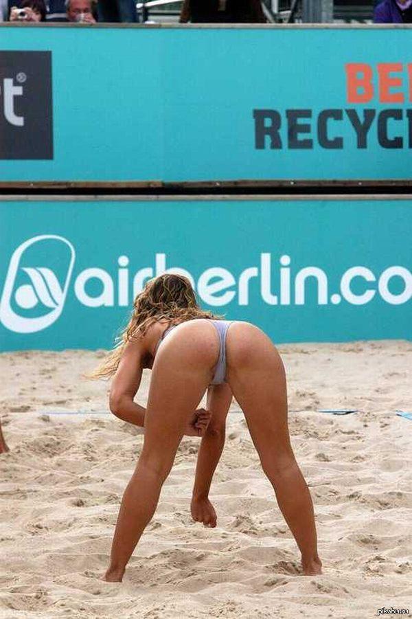 Сексуальний пляжний волейбол порно